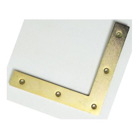 Equerre métallique pour renforcement des coins
