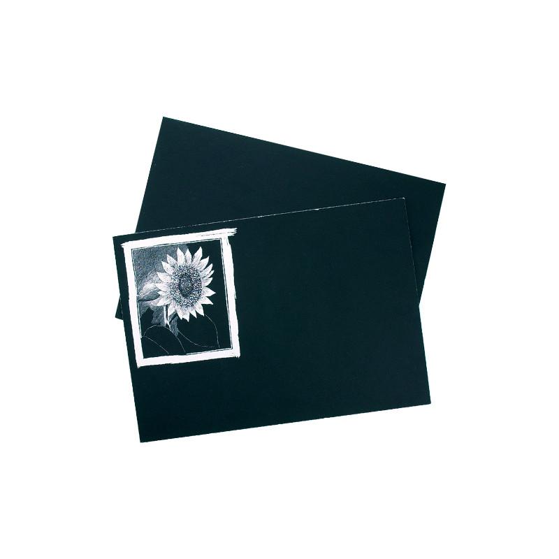 Carte à gratter noire sur fond blanc