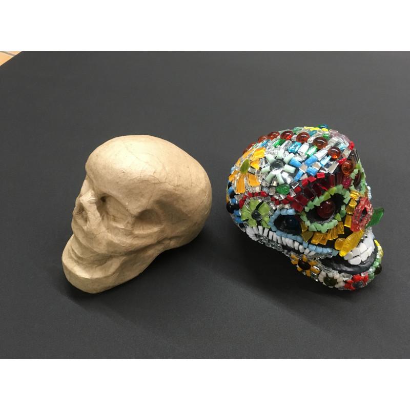 Crâne en papier mâché Décopatch